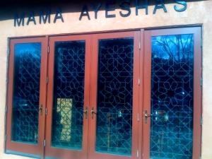 Mama Ayesha's